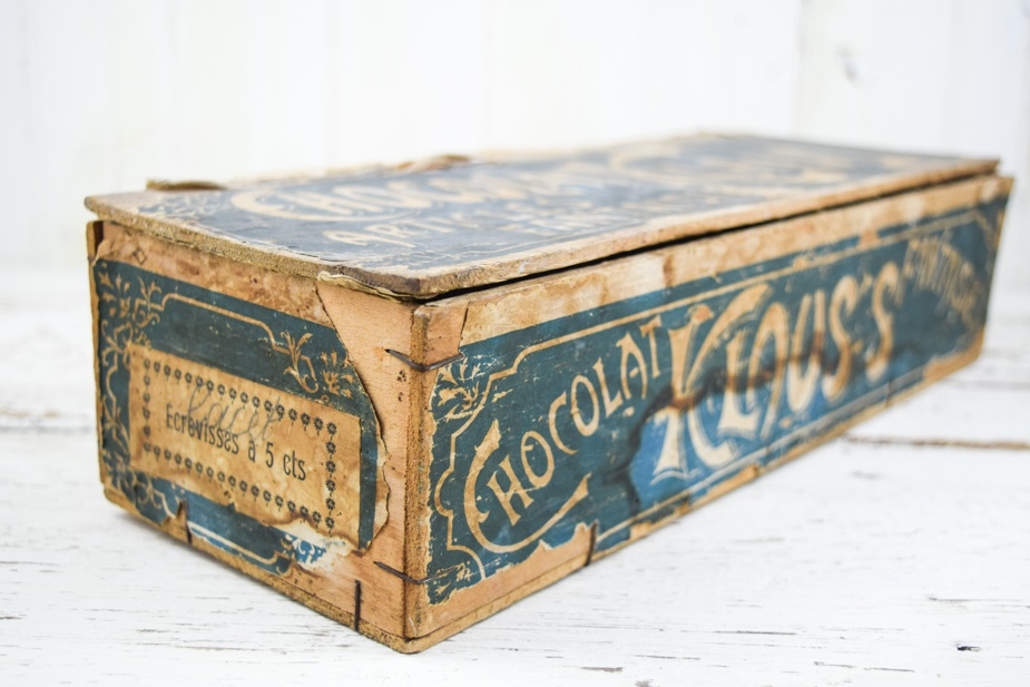 Antique french advertising box